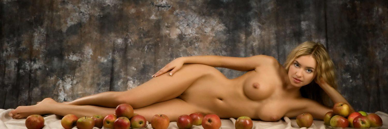 May nude lia Lia May